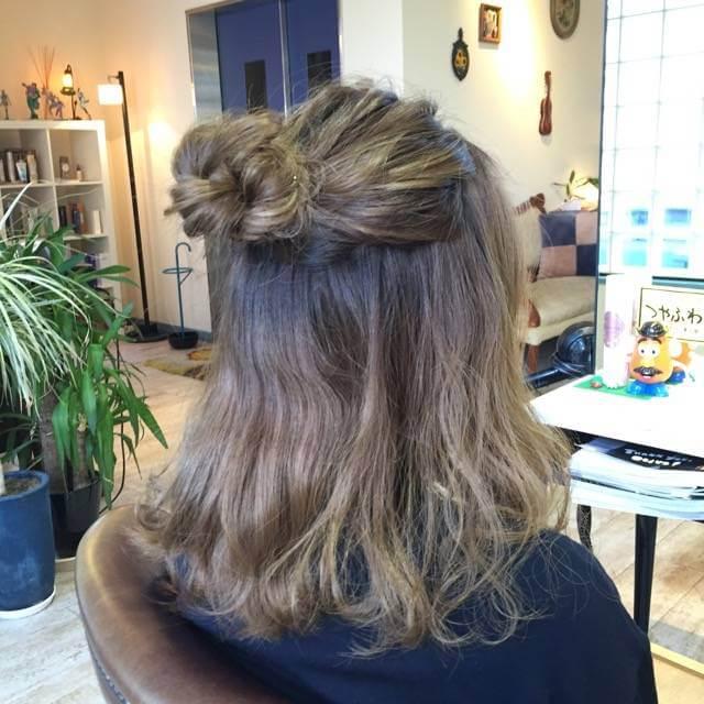 【どの長さでも可愛い!】プチお団子ハーフアップのヘアアレンジ